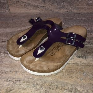 Birkis Gizeh Sandals